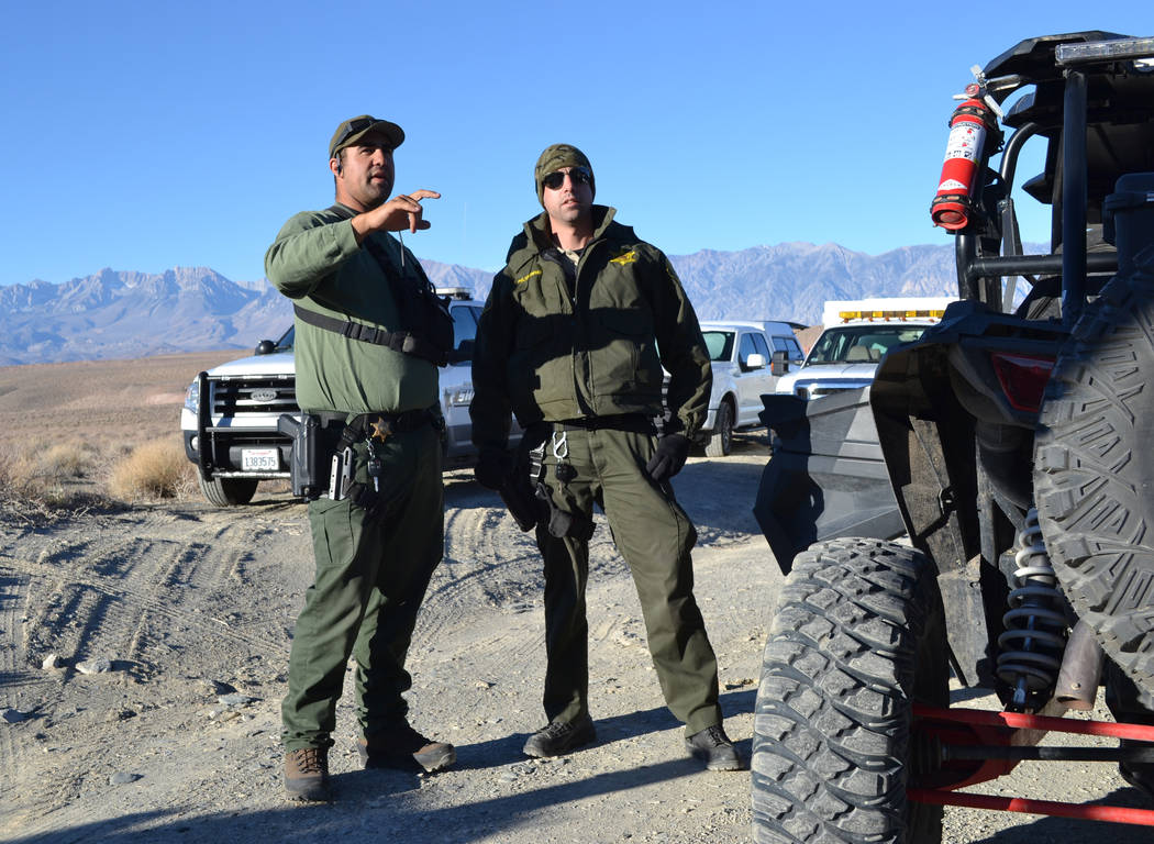 John Pelichowski (l) and his brother Jason Pelichowski (r), both with the Mono County Sheriff's Office, preparing to search for Karlie Guse on November 3, 2018