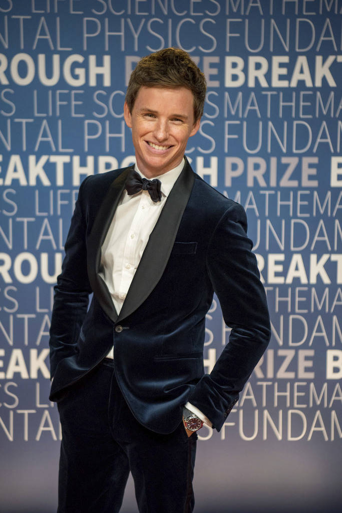 Eddie Redmayne arrives at the 7th annual Breakthrough Prize Ceremony at the NASA Ames Research Center on Sunday, Nov. 4, 2018 in Mountain View, Calif. (Photo by Peter Barreras/Invision/AP)