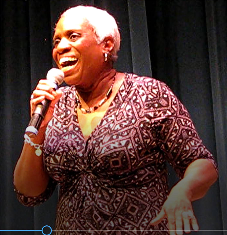"""Rochelle Hooks telling """"How Spiders Got Their Waist Lines"""" at a concert in 2017 at the Windmill Library. (Brett Hendricks)"""