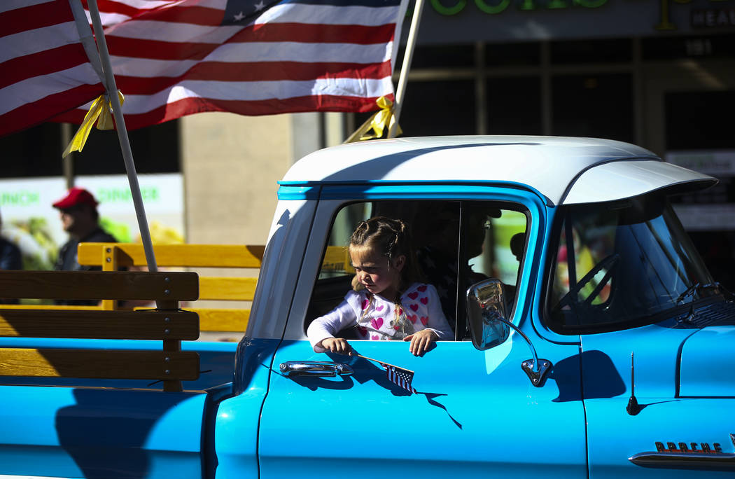 Parade participants during the Veterans Day Parade in downtown Las Vegas on Saturday, Nov. 11, 2017. Chase Stevens Las Vegas Review-Journal @csstevensphoto