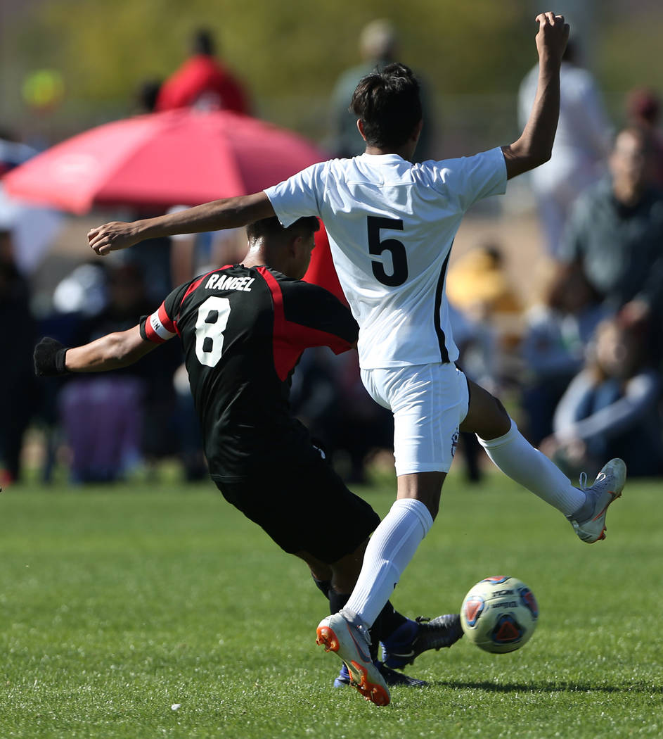 Las Vegas' Daniel Rangel (8) kicks the ball for a score during the second half against Coronado in the 4A boys state soccer championship game at the Bettye Wilson Soccer Complex in Las Vegas, Satu ...