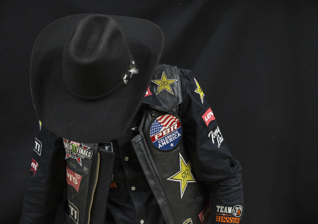 Cody Teel waits to make his run during the Professional Bull Riders World Finals on Sunday, November 11, 2018, at T-Mobile Arena, in Las Vegas. Benjamin Hager Las Vegas Review-Journal