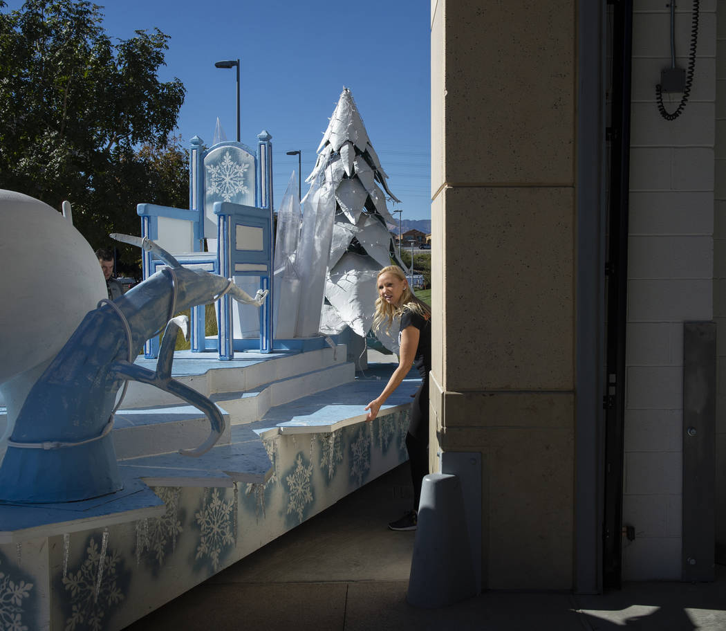 Angelina Savage helps roll out the Snow Queen float in preparation for the annual Downtown Summerlin holiday parade in Las Vegas, Wednesday, Nov. 14, 2018. Caroline Brehman/Las Vegas Review-Journal