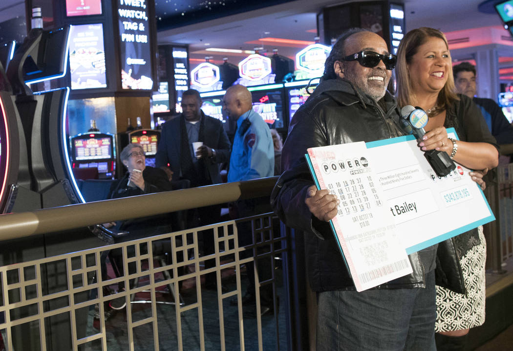 Retired NY worker unveiled as $343M Powerball winner | Las ...