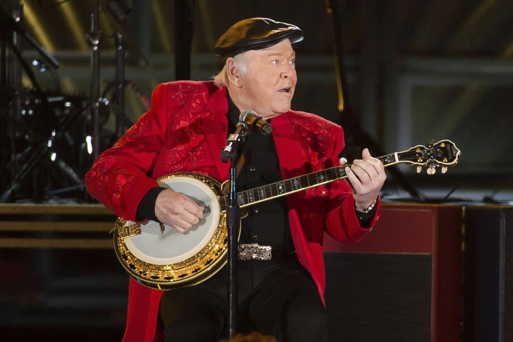 Roy Clark performs at the 50th annual CMA Awards at the Bridgestone Arena on Wednesday, Nov. 2, 2016, in Nashville, Tenn. (Photo by Charles Sykes/Invision/AP)