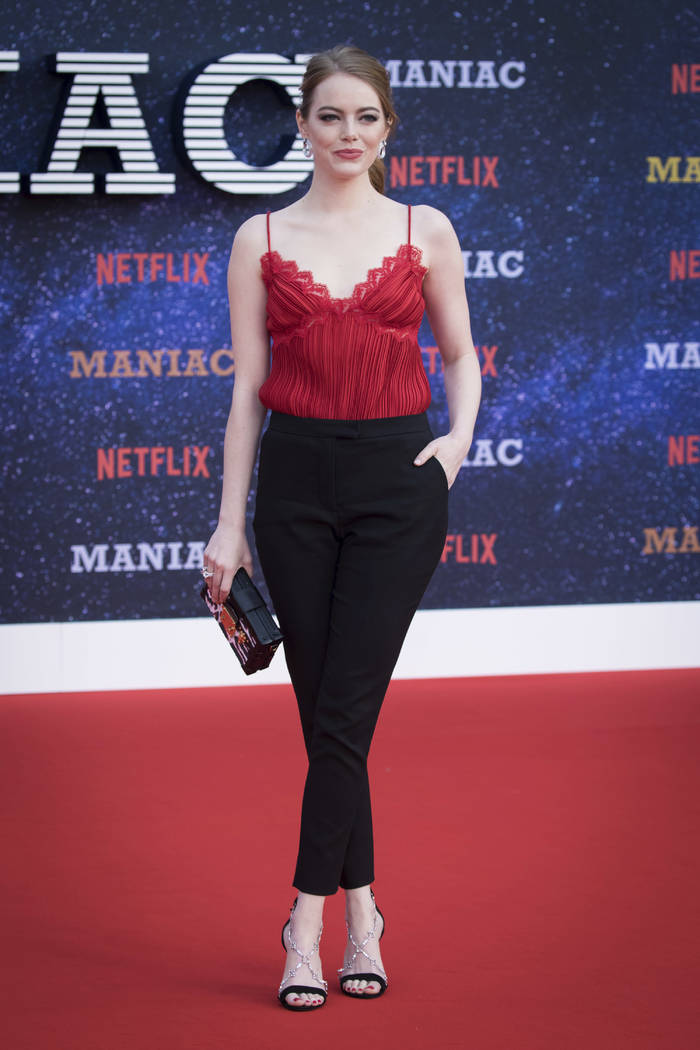 Actress Emma Stone poses for photographers at the world premiere of the television series 'Maniac' in London, Thursday, Sept. 13, 2018. (Photo by Vianney Le Caer/Invision/AP)