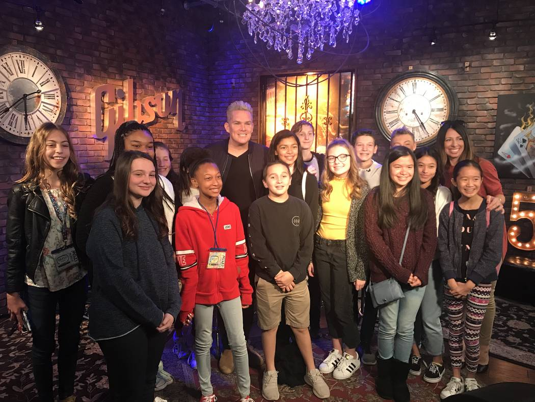 "Mark McGrath of Sugar Ray and ""I Love the '90s -- The Vegas Show"" is shown at Fox 5 studios with students from Bob Miller Middle School on Thursday, Nov. 14, 2018. (The Publicity Lab)"