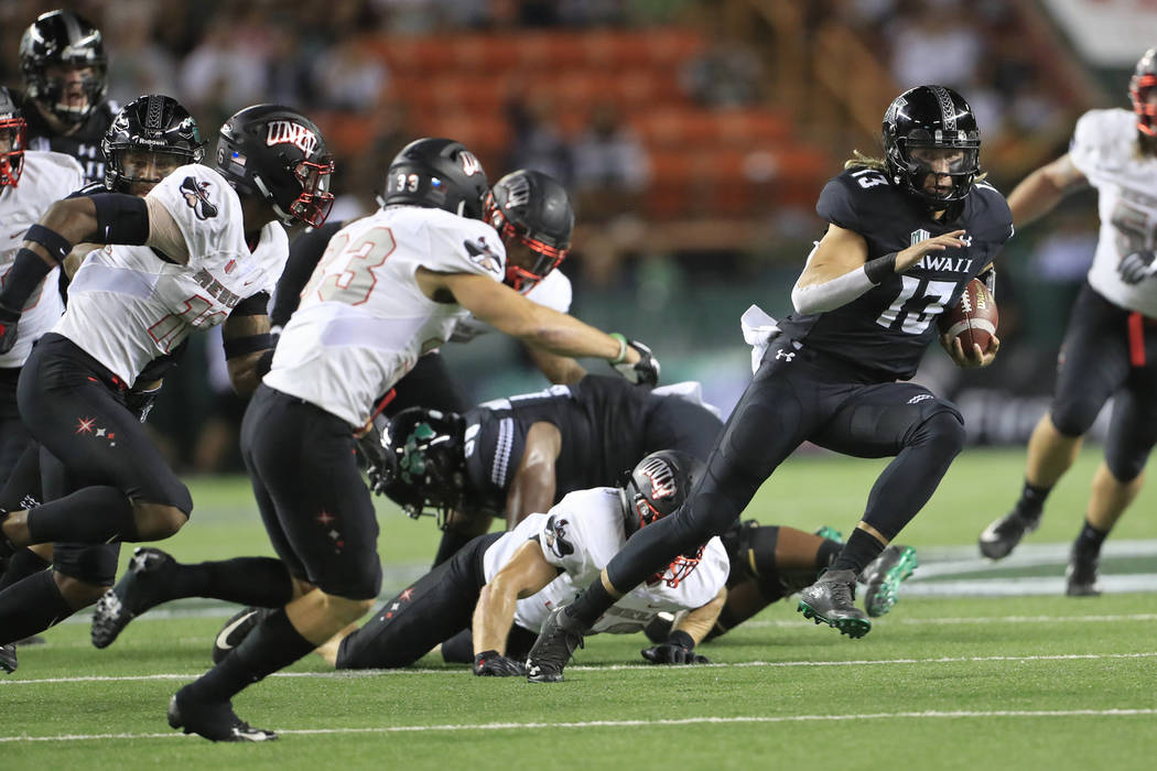 official photos 86bb9 46872 Hawaii rallies in 4th to beat UNLV, 35-28 | Las Vegas Review ...