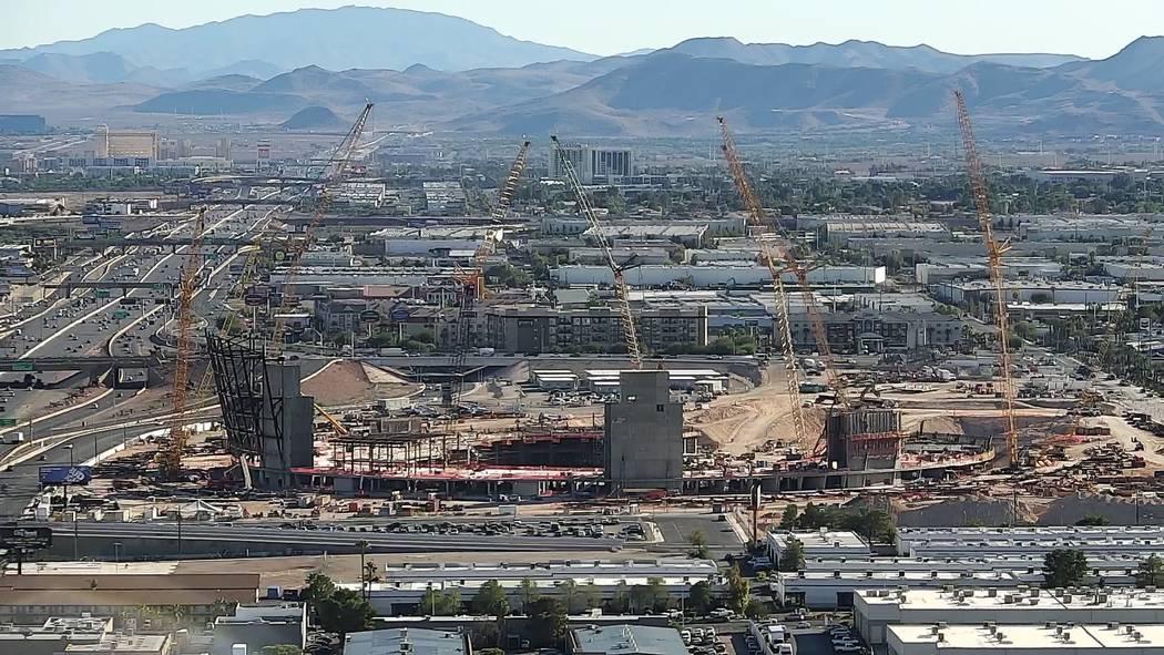 Aerial photo of Raiders stadium construction on Oct. 17, 2018 in Las Vegas. (Las Vegas Review-Journal)