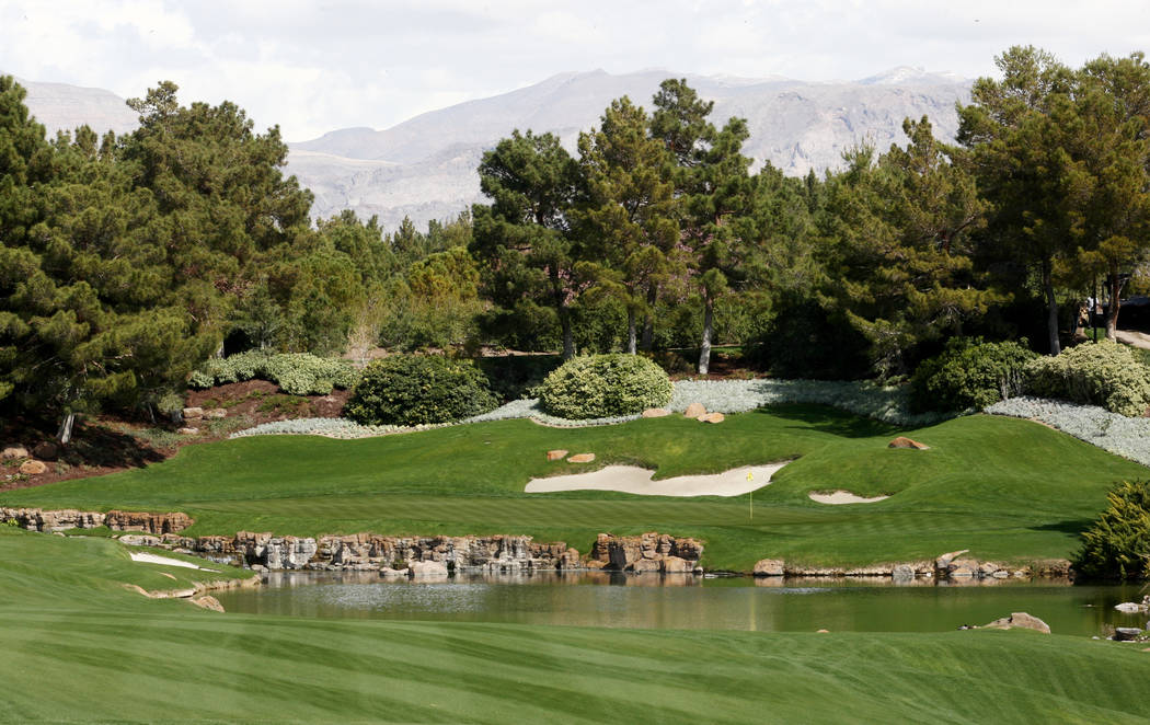 A view of the approach to the 18th green at the Shadow Creek Golf Club, 3 Shadow Creek Drive, is shown on Tuesday March 22, 2011, in North Las Vegas. (Craig L. Moran/Las Vegas Review-Journal)
