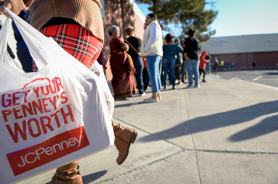 Customers file in and out of the J.C. Penney at the Meadows Mall to get early Black Friday deals on Thanksgiving in Las Vegas, Thursday, Nov. 22, 2018. Caroline Brehman/Las Vegas Review-Journal