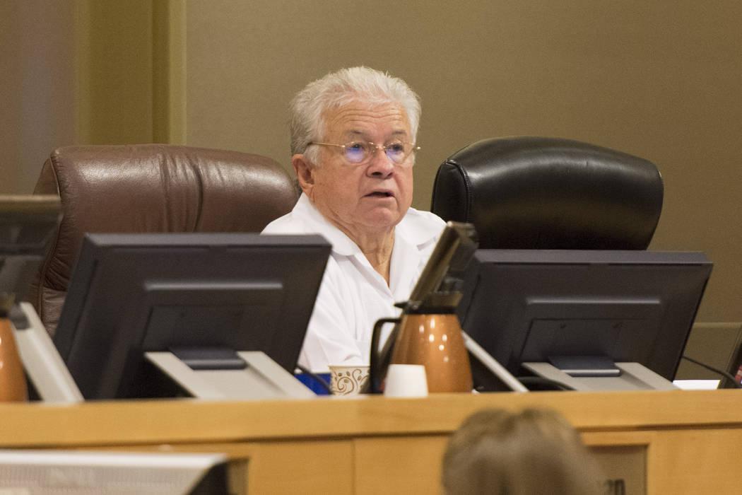 Councilman Bob Coffin speaks at Las Vegas City Hall Council Chambers, Wednesday, Aug. 3, 2016. (Jason Ogulnik/Las Vegas Review-Journal)