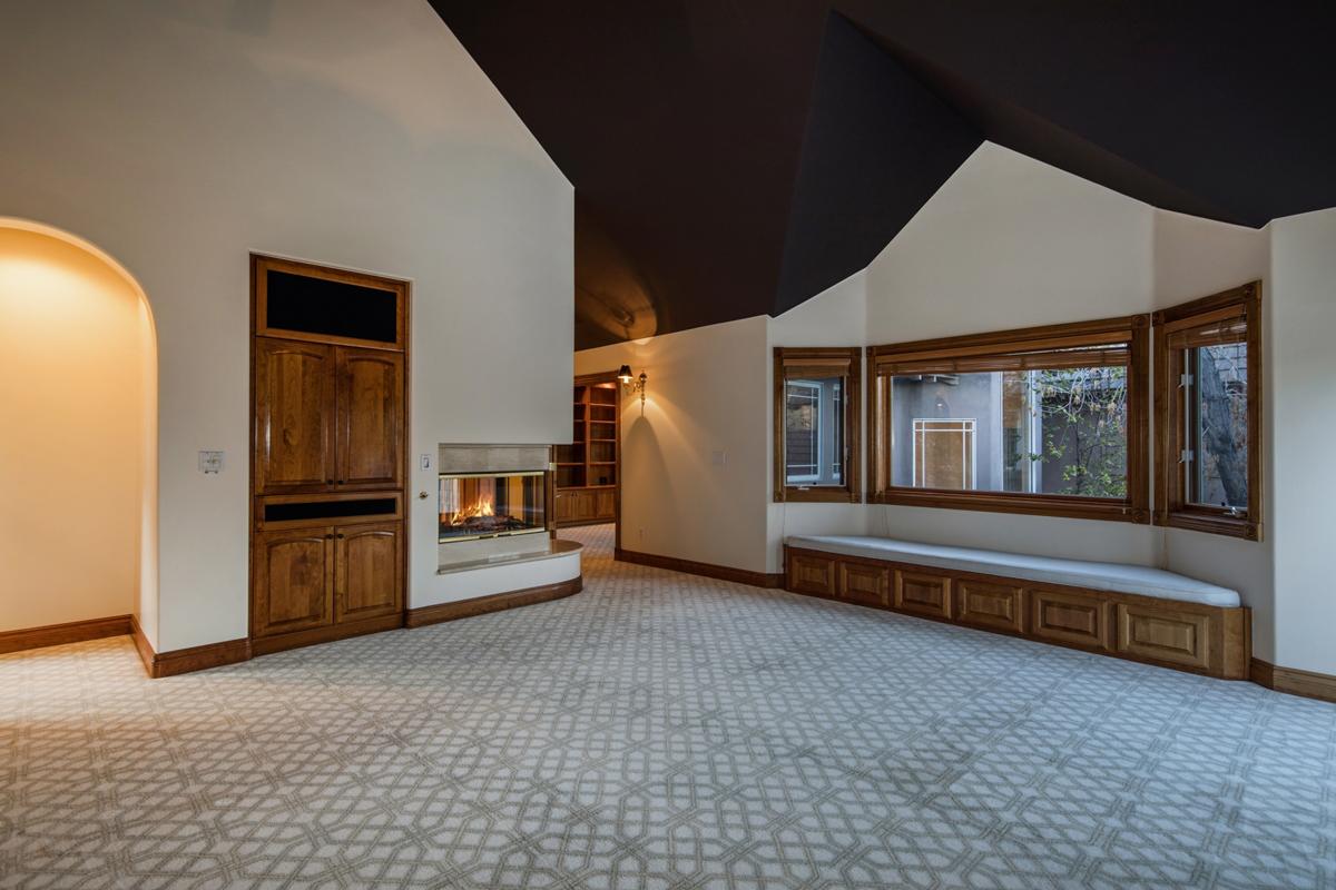 0710-Master-Bedroom_1800x1200_2924158
