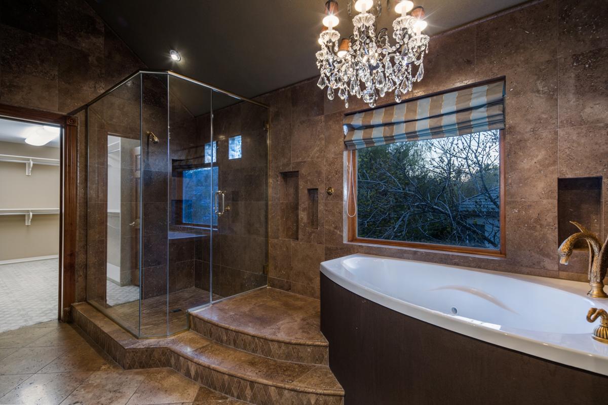 0750-Master-Bathroom_1800x1200_2924171