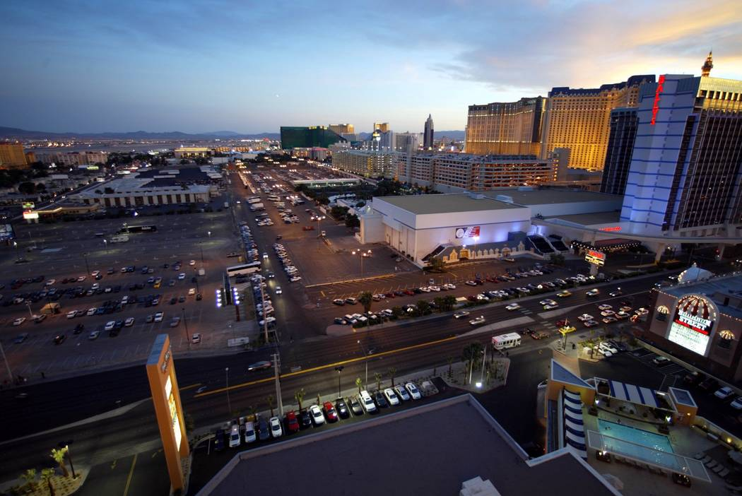 The parking lot area behind Bally's and Paris Las Vegas, photographed on April 20, 2004, was the site of a proposed Major League Baseball stadium. (K.M. Cannon/Las Vegas Review-Journal)