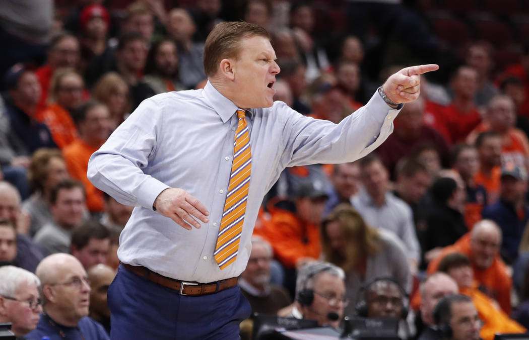 Illinois head coach Brad Underwood reacts to a call by the official during the second half of an NCAA college basketball game against Ohio State Wednesday, Dec. 5, 2018, in Chicago. Ohio State won ...