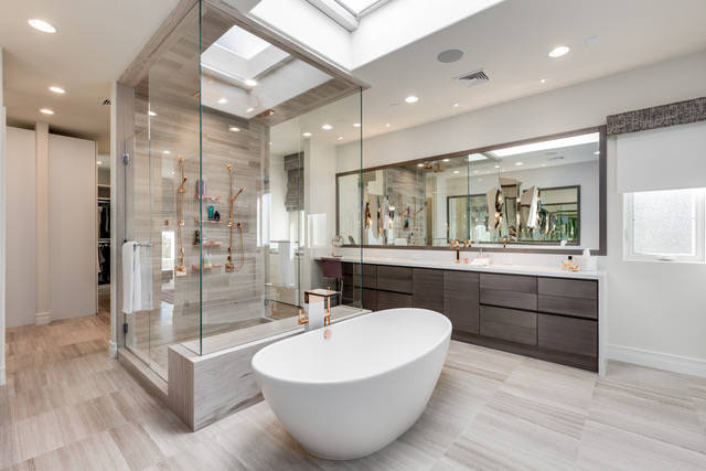 Joseph Sacco, principal and founder of JS Interiors Group, worked with European Bath, Kitchen, Tile and Stone is the design of this master bath. (European Bath, Kitchen, Tile and Stone)
