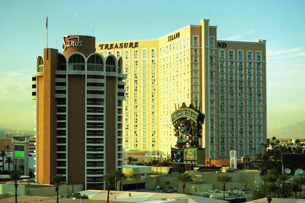 The Sands Hotel with the Treasure Island behind it, 1993. (File Photo/Las Vegas Review-Journal)