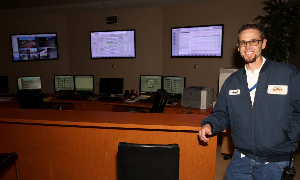 Alan Wolfley, a Grade 3 operator at the City of North Las Vegas Water Reclamation Facility, in the control center Friday, Nov. 30, 2018. K.M. Cannon Las Vegas Review-Journal @KMCannonPhoto