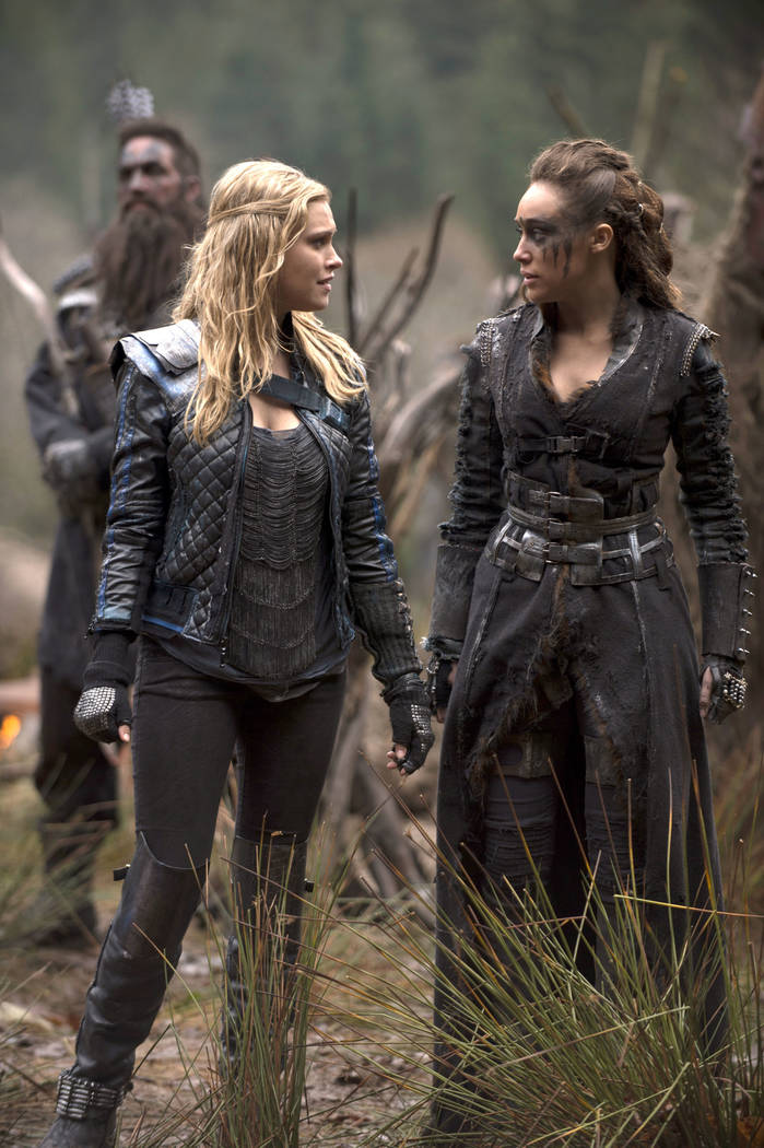 """The 100 -- """"Bodyguard of Lies"""" -- Image: HU214B_0062 -- Pictured (L-R): Eliza Taylor as Clarke and Alycia Debnam-Carey as Lexa -- Photo: Cate Cameron/The CW -- © 2015 The CW Network, LLC. All Rig ..."""