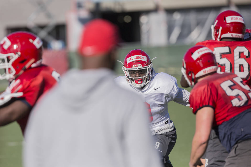 Fresno State linebacker Jeff Allison, middle, works through a drill during practice on Monday, Dec. 11, 2018, at Rebel Park, in Las Vegas. Benjamin Hager Las Vegas Review-Journal