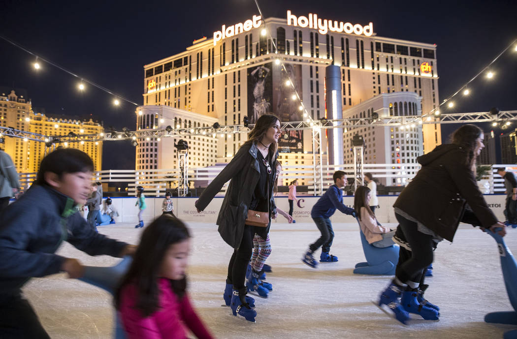 Here S Your Chance To Ice Skate For Free At Cosmopolitan Las Vegas