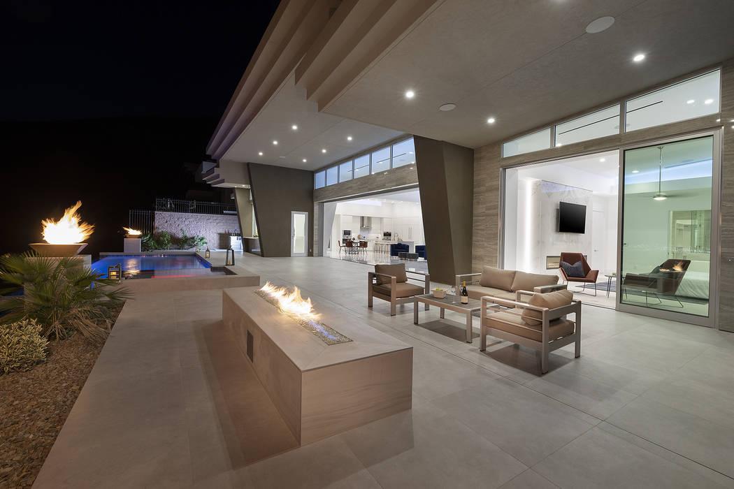 The backyard patio. (Richard Luke Architects)