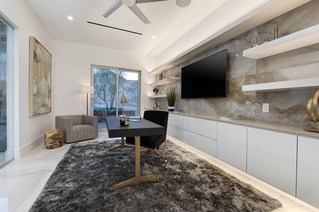 The office. (Richard Luke Architects)