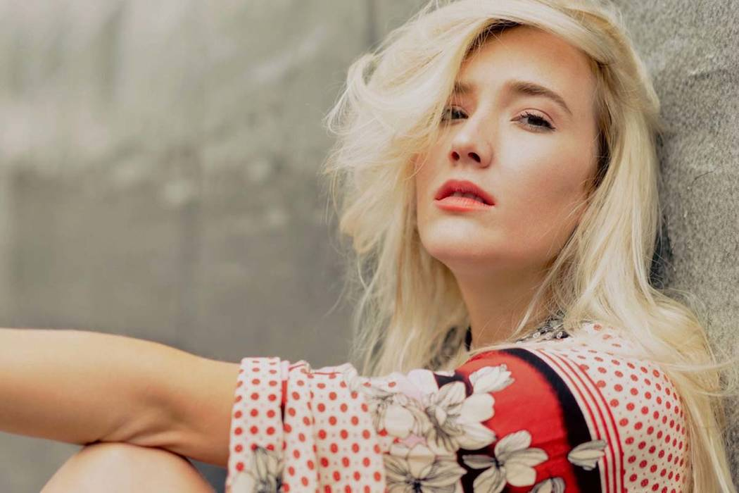 Emerging country singer Chloe Caroline begins mini-tour on Strip