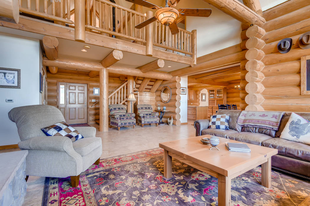 The log home has a cozy cabin feel. (Mt. Charleston Realty)