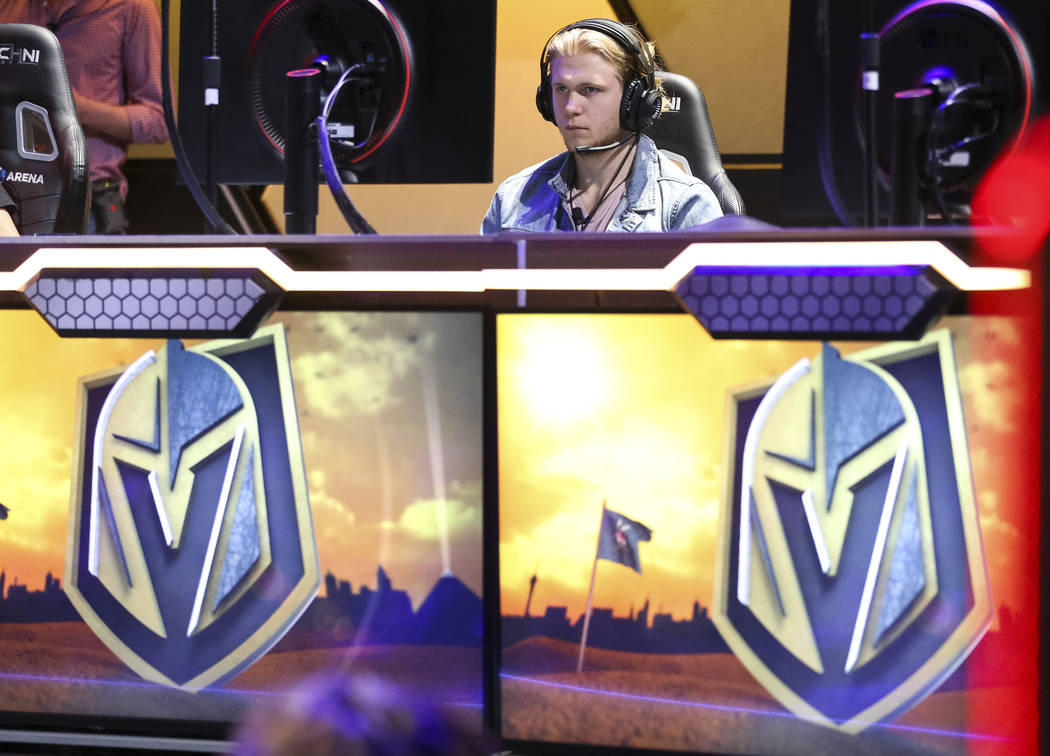 """Vegas Golden Knights center William Karlsson plays """"Fortnite"""" with fans at the HyperX Esports Arena inside the Luxor in Las Vegas on Tuesday, Dec. 18, 2018. Richard Brian Las Vegas Revie ..."""