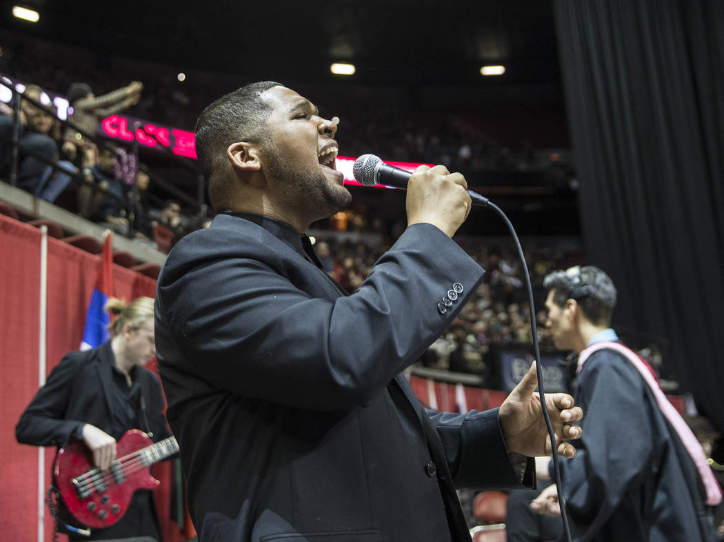 Musician Gary Fowler performs before the start of UNLV's winter graduation ceremony on Tuesday, Dec. 18, 2018, at the Thomas & Mack Center, in Las Vegas. Benjamin Hager Las Vegas Review-Journal