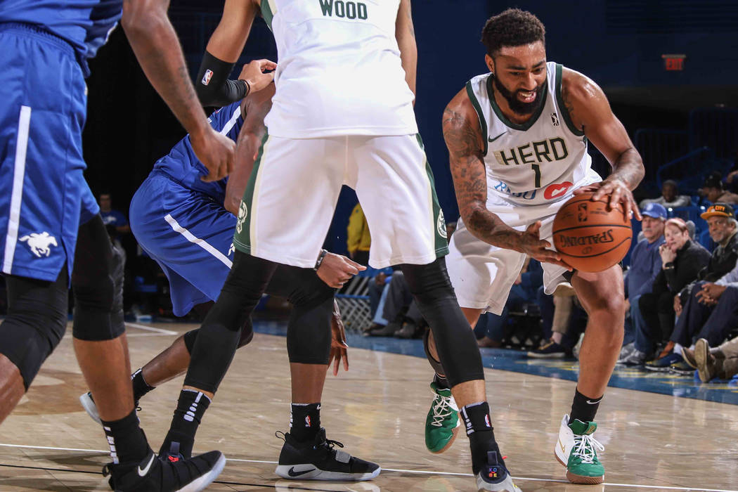 November 28, 2018 - Newark, DE, United States of America - Wisconsin Herd Guard JAMES YOUNG (1) dribbles pass the defender in the second half of a NBA G-league regular season basketball game betwe ...