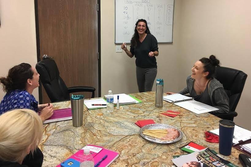 Italian language teacher Nicole Repetto teaches an adult class at the Casa Italiana location in southwest Las Vegas. (Claudia Costantino)