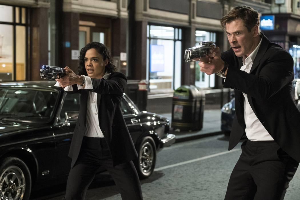 DF-05044.tif (68.69477 MB) CAPTIONS: Em (Tessa Thompson) and H (Chris Hemsworth) in Columbia Pictures' MEN IN BLACK INTERNATIONAL. PHOTO BY: Giles Keyte COPYRIGHT: © 2018 CTMG, Inc. All Rights Re ...