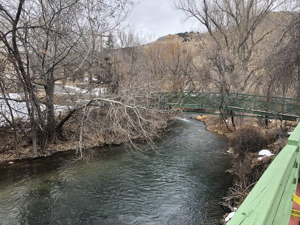 The Hacking Bridge over the Portneuf River at Lava Hot Springs Inn in Lava Hot Springs, Idaho on Dec. 21, 2018. (John Katsilometes/Las Vegas Review-Journal) @JohnnyKats