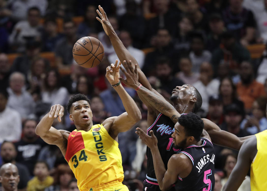 Christmas Day Basketball.Nba Unders On Christmas Day Have Been Gift To Bettors Las
