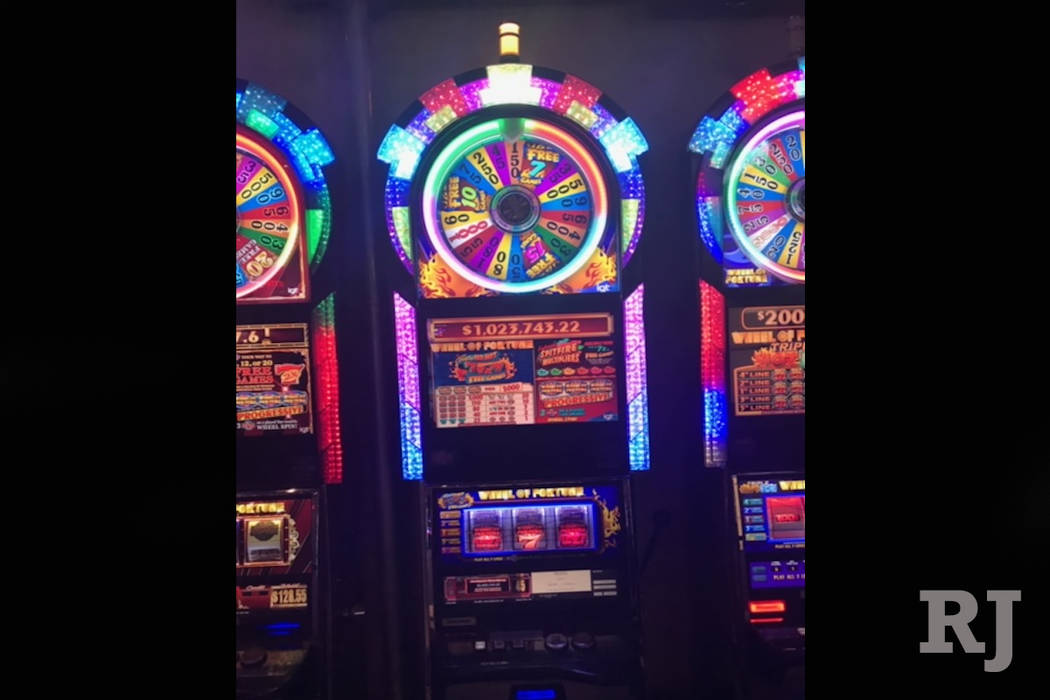 The Wheel of Fortune slot machine (Cosmopolitan of Las Vegas)
