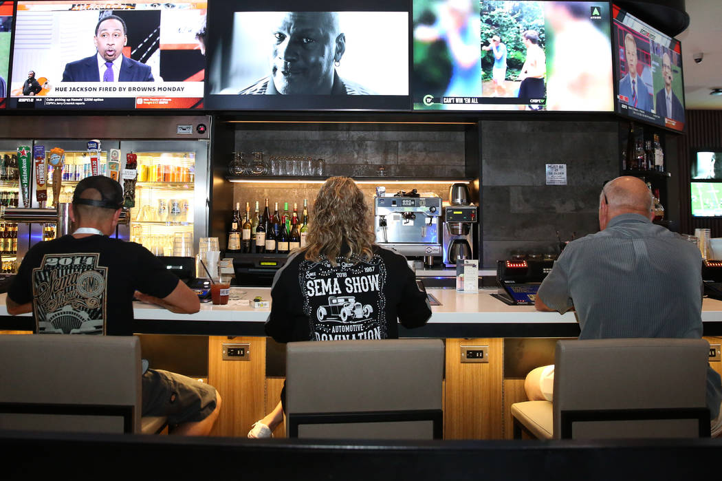 Patrons enjoy their drinks at the gaming floor at the LINQ photographed on Friday, Nov. 2, 2018, in Las Vegas. (Bizuayehu Tesfaye/Las Vegas Review-Journal) @bizutesfaye