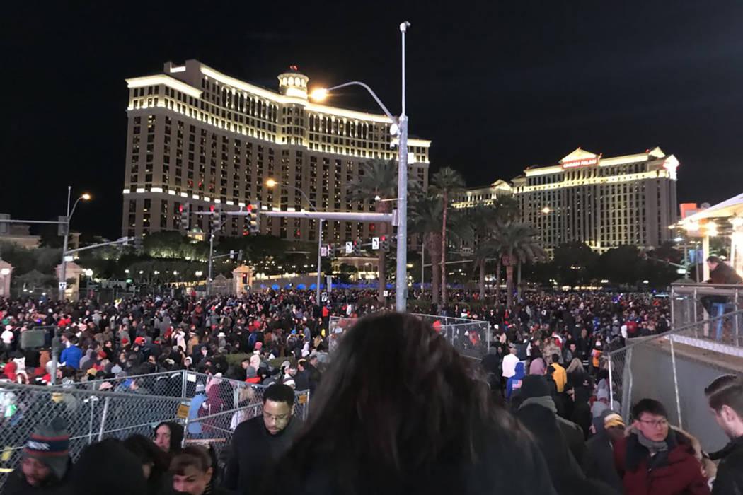 Crowds gather ahead of a fireworks show the Las Vegas Strip on Dec. 31, 2018. (Blake Apgar/Las Vegas Review-Journal)