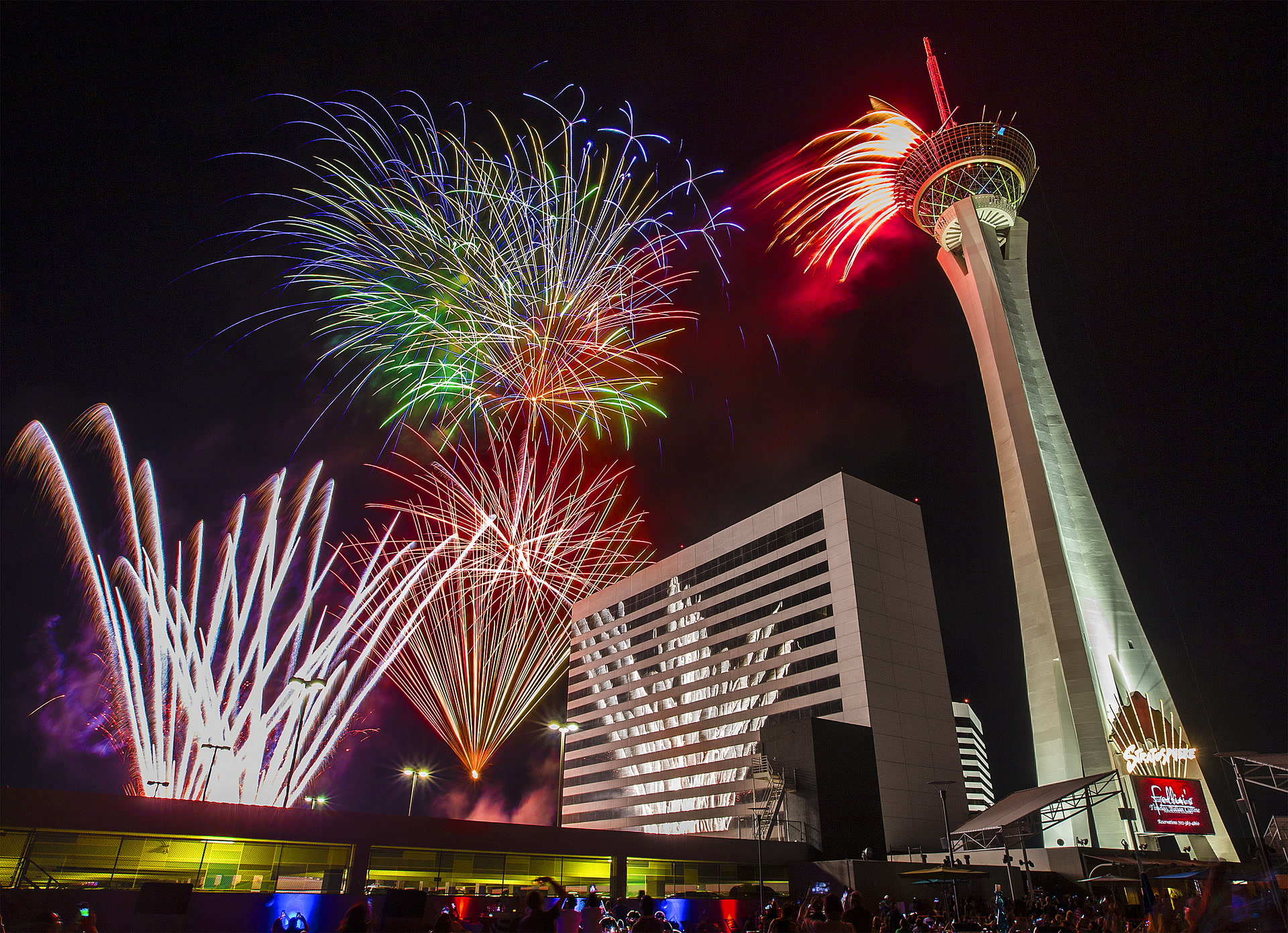 las vegas new years eve fireworks plan unveiled las vegas review journal