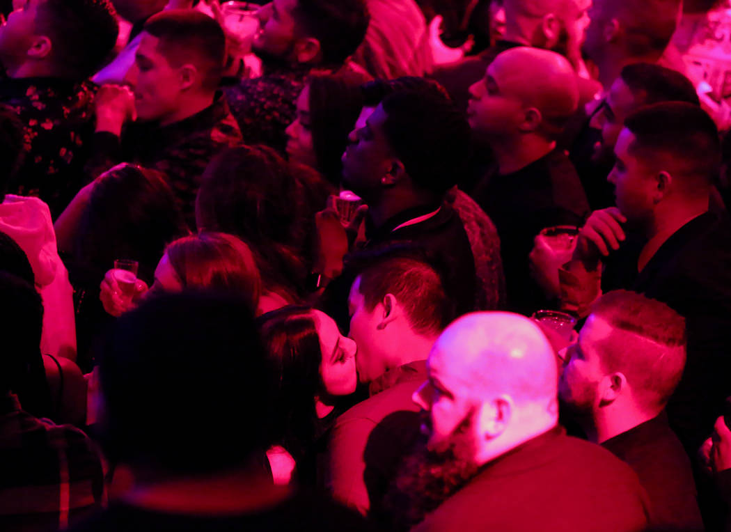 A couple kisses in a crowd gathered at Drai's Nightclub for its New Year's celebration on the Strip in Las Vegas, Tuesday, Jan. 1, 2019. Caroline Brehman/Las Vegas Review-Journal