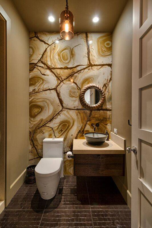 A guest bath in Waldorf Astoria penthouse 4702. (Award Realty)