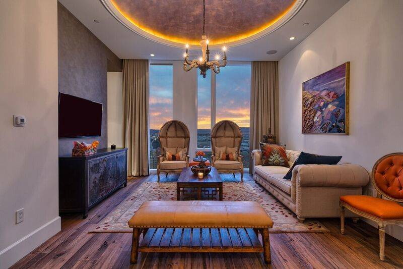 Waldorf Astoria penthouse 470 has been listed for $6.75 million. (Award Realty)