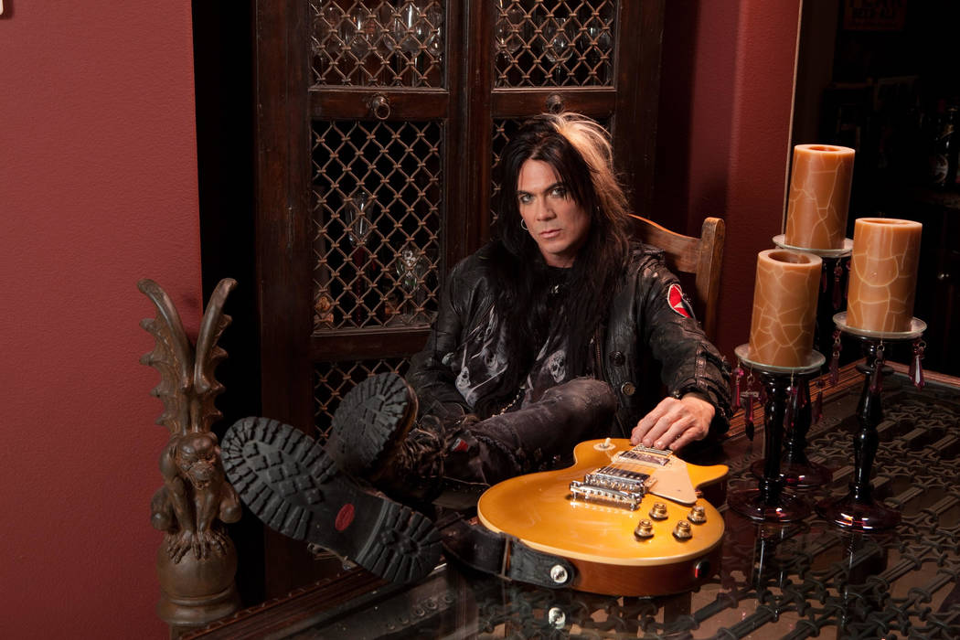 Keri Kelli's splits his professional time between playing guitar on the road, and selling craft beer in Las Vegas.