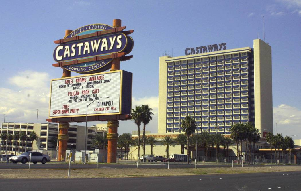 The Castaways Hotel and Casino on Friday, October 1, 2004. (Ronda Churchill/Las Vegas Review-Journal)