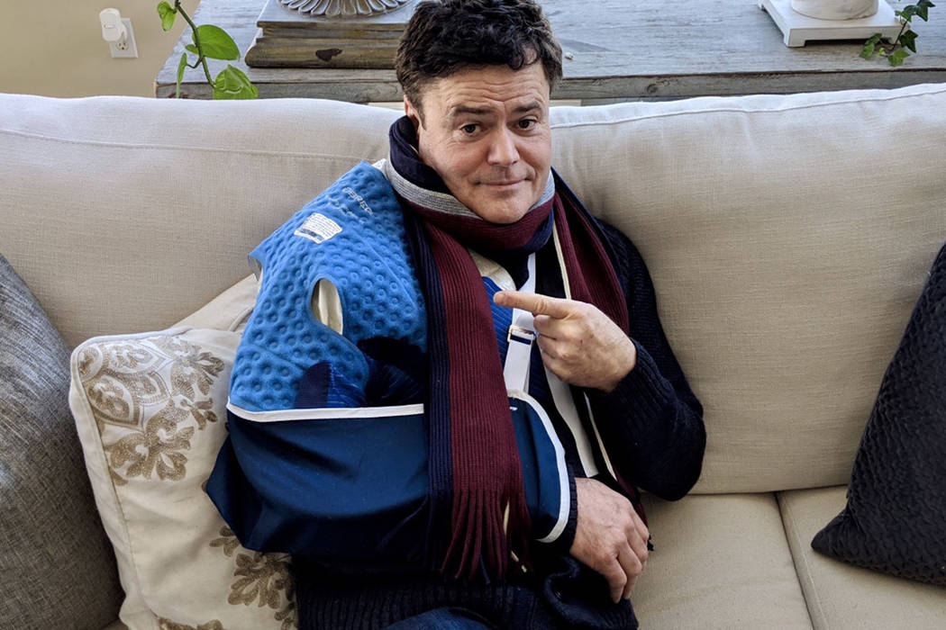 Donny Osmond posted this photo after undergoing surgery on Friday, Jan. 4, 2019. (@DonnyOsmond/Twitter)