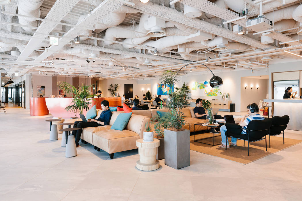 A common space area of the coworking giant WeWork, headquartered in New York. WeWork is planning a new space in the six-story Two Summerlin building in the spring of 2019. (Steve Morin for WeWork/ ...