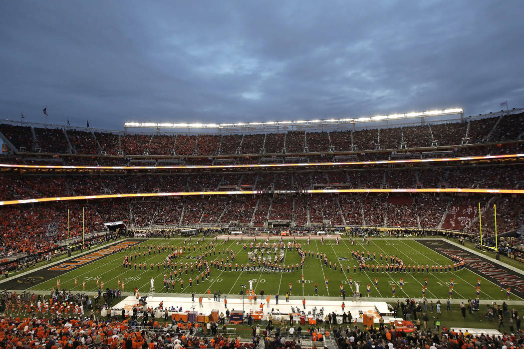Las Vegas Likely To Pursue College Football Championship Game Las