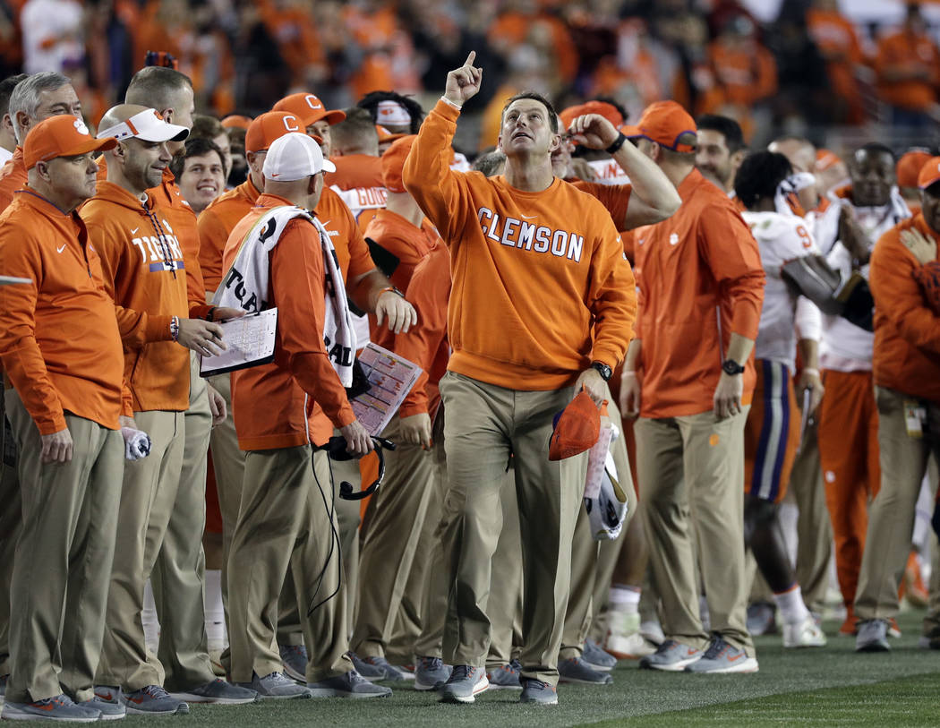 Clemson rolls over Alabama to win national championship ...